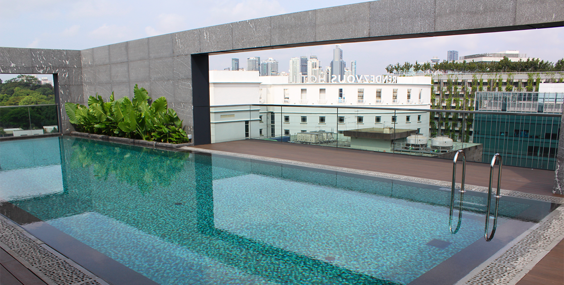 30 Bencoolen Rooftop Pool