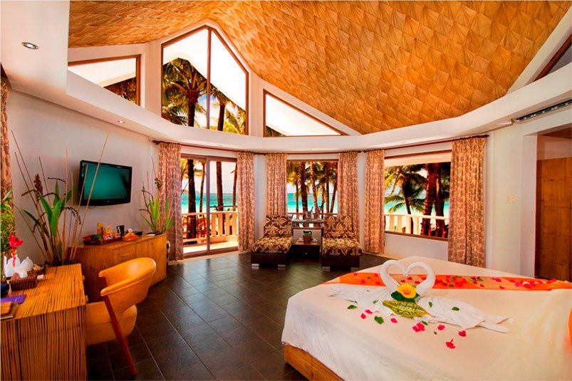 Casita Honeymoon Suite