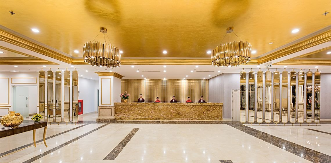 Danang Golden Bay Hotel Front Desk