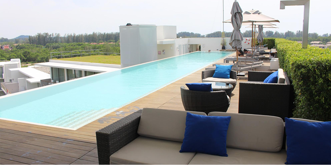 Dream Phuket Hotel & Spa Rooftop Infinity pool