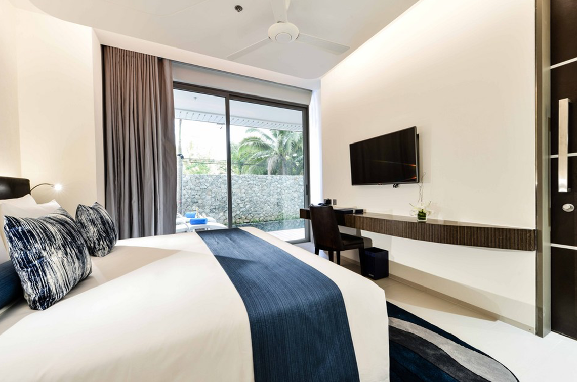 Dream Phuket Hotel & Spa Grand Deluxe Pool Suite