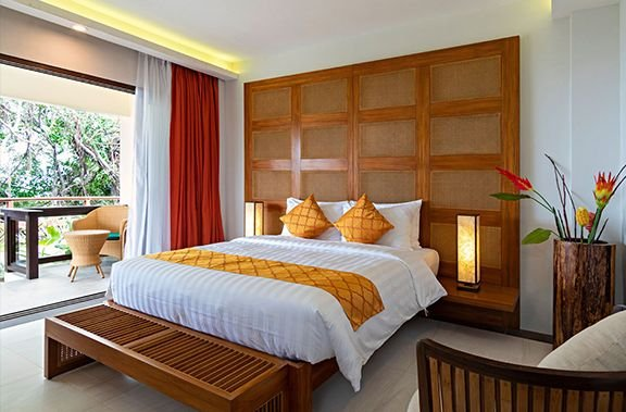 Oceans Edge Resort  Kalinaw Studio Villa bed