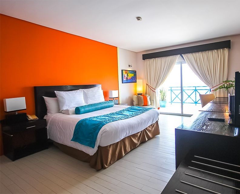 Thunderbird Resorts & Casinos – Poro Point deluxe suites