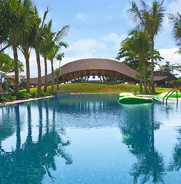 Tijili Benoa Hotel swimming pool